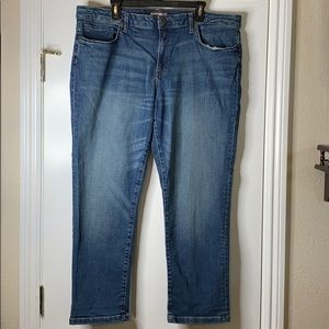 NWOT Women's Tommy Hilfiger Boyfriend Jeans